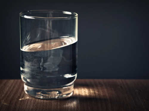 «Стакан воды»: быстрая иэффективная техника исполнения желаний