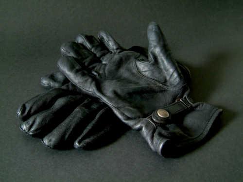 Кчему теряются перчатки: приметы исуеверия