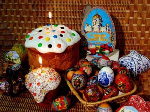 Русская православная церковь: как самим освятить куличи наПасху дома
