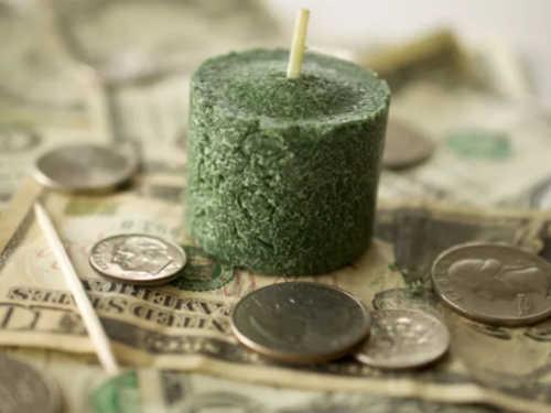 Пять эффективных ритуалов набогатство, которые можно провести, невыходя издома