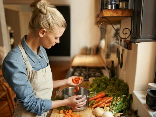 Шепотки вовремя готовки: заговариваем блюда наудачу исчастье