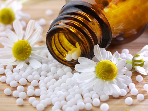 Что такое гомеопатия: раздутый миф или действенная наука, помогающая избавляться отнедугов
