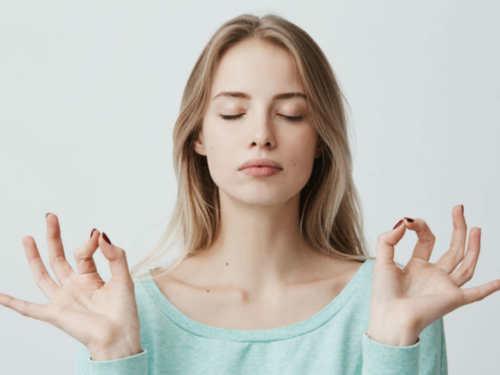 Как услышать внутренний голос: три полезных практики, которые расширят сознание