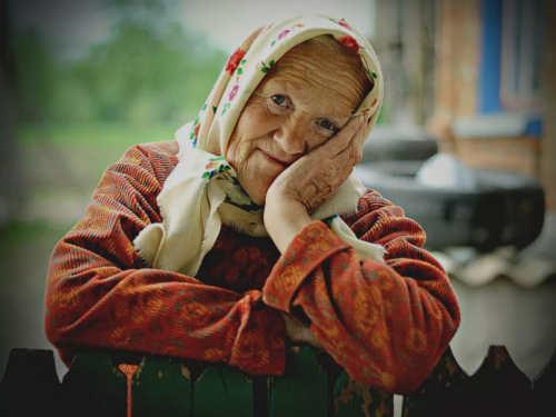Бабушкины советы: какие вещи нельзя класть накровать