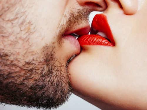 Гороскоп поцелуев: как выцелуетесь поЗнаку Зодиака