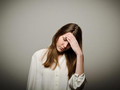 Как жалобы перенастраивают наше сознание нанегатив, влияют насудьбу издоровье