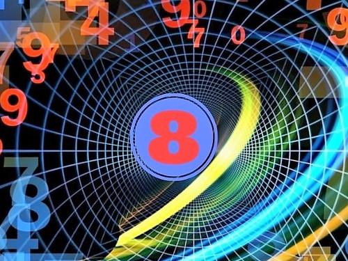 Восьмерка внумерологии: характеристика изначение числа 8