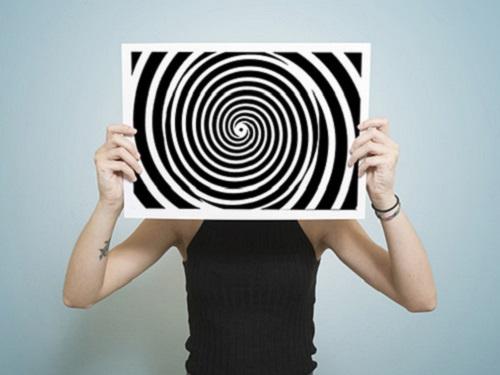 Гипноз для начинающих: 3техники внушения, которые сработают