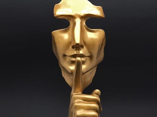 Молчание— золото: 5вещей, окоторых нельзя рассказывать посторонним
