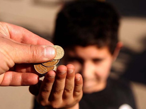 Щедрость или расточительность: как правильно делиться деньгами, временем иэмоциями
