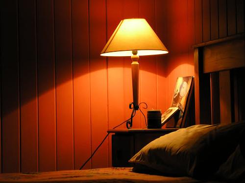 Обереги для спальни: вещи, которые полезно держать уизголовья кровати