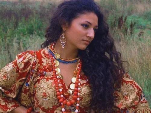 Пять настоящих цыганских секретов женского счастья