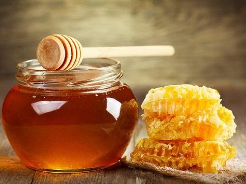 Медовый Спас: как привлечь удачу исчастье влюбви спомощью меда 14августа 2021 года